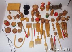 Игрушки для кукол.