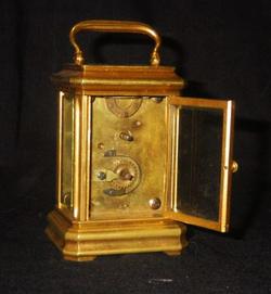 Часы каретные