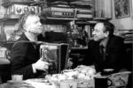 В минуты отдыха. Дважды Герой Социалистического труда  В.С. Чичеров в гостях у Д.П. Бучкина. 1980-е годы.